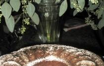 Homey_Applesauce_cake