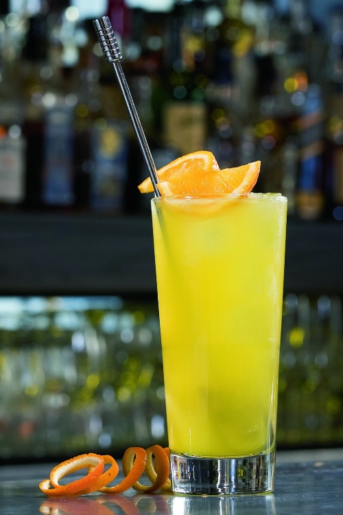 Classic Cocktail - The Harvey Wallbanger | Flavorista